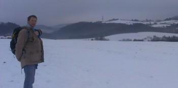 dragen in de sneeuw